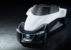 Nissan released photos and video of the Bladeglider today, an electric car with a very strange shape and seating structure.