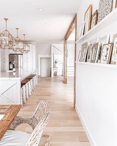 coastal farmhouse style living room and kitchen, brass hardware and light fixtur. - Home Decoration Ideas Home Decor Styles, Cheap Home Decor, Diy Home Decor, Home Decorating, Dream Home Design, My Dream Home, House Design, Style At Home, Interior Minimalista