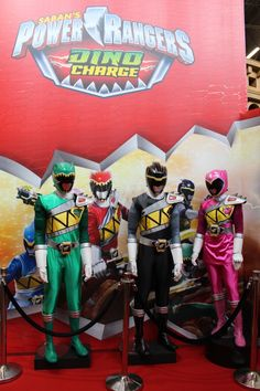ToyzMag.com » Japan Expo 2015 : Power Rangers Dino Charge