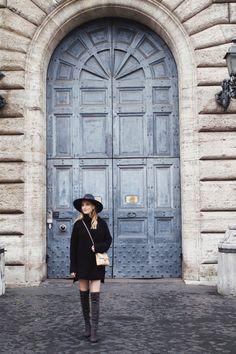 0e9d4996d909d fashion blogger overknee boots rome street style