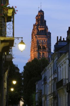 Tours  -  France http://www.francetoday.com/articles/2011/06/05/lovely_laid-back_tours.html