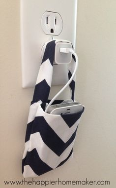 Easy DIY No Sew Phone Charging Pouch | The Happier Homemaker