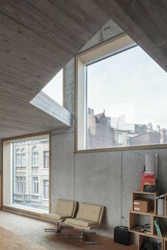 Little Willy - Brussels, Belgium - 2013 by LOW architecten #interiors #concrete