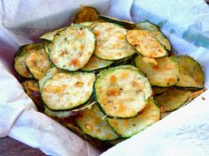 Chips de zuchinni y queso