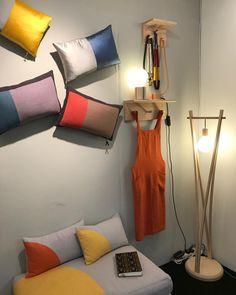 "126 likerklikk, 3 kommentarer – London Design Fair (@ldndesignfair) på Instagram: ""@umoya_design create bright and colourful contemporary homeware, textiles and lighting. Find them…"""