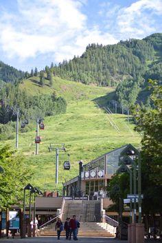 Aspen Gondola Plaza