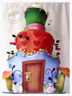 Alice in Wonderland #cake #Disney