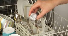 Sommige houden echt van schoonmaken, het is haast hun hobby. Dat terwijl voor…
