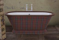 Montpellier cast iron traditional bath with wooden roll Cast Iron Bath, Traditional Baths, Montpellier, Clawfoot Bathtub, Tartan, It Cast, Decor, Traditional Hot Tubs, Decoration