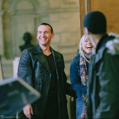 #ThrowbackThursday Laughs all around for Christopher Eccleston, Billie Piper and…