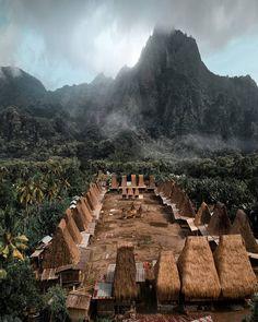 Enjoy the beauty of Gurusina traditional village in East Nusa Tenggara, #Indonesia  Photo by: IG @anuakbar_