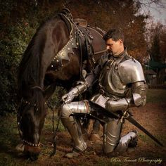 The Jousting Life: In Remembrance of Kilvarough -- A Great Jousting Horse. This link leads to The Jousting Life http://www.thejoustinglife.com/2012/06/in-remembrance-of-kilvarough-great.html