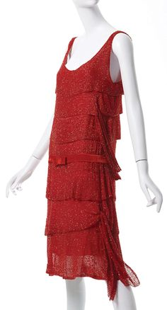Chanel 1925 Design by Gabrielle Coco Chanel Crystal beads on silk chiffon dress Phoenix Art Museum Photo by Ken Howie 20s Fashion, Art Deco Fashion, Fashion History, Vintage Fashion, Chanel Fashion, Fashion Women, Vestidos Vintage, Vintage Gowns, Vintage Outfits