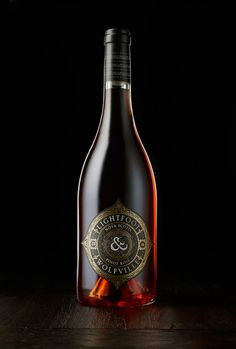 L&W Pinot Rose on Packaging of the World - Creative Package Design Gallery