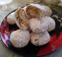 Little apple pies Greek Sweets, Greek Desserts, Greek Recipes, Sweets Recipes, Apple Recipes, Cookie Recipes, Low Calorie Cake, Pastry Cook, Different Recipes