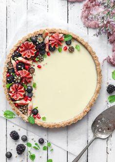 No-Bake white chocolate ganache tart (Vegan, gluten free)