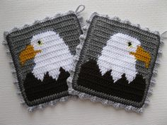Bald Eagle Pot Holders. Gray crochet potholders with by hooknsaw