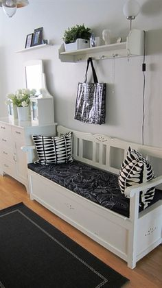 The bench for the kitchen/living room wall.... Storage and extra seating!