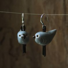 kolczyki. ceramika / earrings. ceramic   /// http://karolina-g.blogspot.com/2013/09/kolczyki-x-4.html