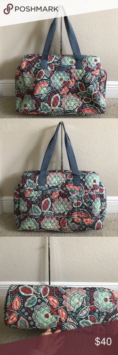 """Vera Bradley Signature Print Triple Compartment Tr Preown in great condition. Missing the middle zipper handle. Color nomadic floral Lined interior, front compartment with two slip pockets, center compartment with five mesh slip pockets, back compartment fits up to 15"""" laptop Measures approximately 18""""W x 13-1/2""""H x 7""""D with an 11-1/2"""" strap drop; weighs approximately 1 lb, 12 oz Face 100% cotton; fill/trim 100% polyurethane; lining 100% polyester; straps 100% acrylic Vera Bradley Bags…"""