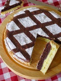 Cuddles and Ganaches: two-colored tart Italian Desserts, Mini Desserts, Delicious Desserts, Dessert Recipes, Cakes Plus, Torte Cake, Sweet Tarts, Vegan Cake, No Bake Cake