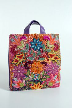 Meche Correa handbag - One of most amazing Peruvian design-types