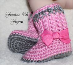 Crochet Baby Booties / Baby Shoes / Baby Girl by SweetnessInSmyrna, $21.99