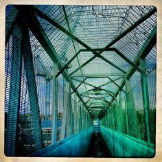 Bridge over the railway (via Brooklyn Bridge, Louvre, London, Building, Inspiration, Travel, Biblical Inspiration, Viajes, Buildings