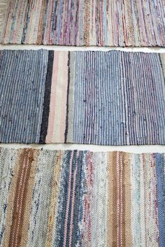 I do love the Finnish woven rag rugs - am lucky to have several my mother in law… Weaving Textiles, Weaving Patterns, Stitch Patterns, Knitting Patterns, Diy Carpet, Rugs On Carpet, Hall Carpet, Loom Weaving, Hand Weaving