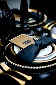 Add glamorous drama to your place setting with an onyx wrap and gold chargers. Black and gold wedding decor place settings. Mod Wedding, Dream Wedding, Wedding Day, Gatsby Wedding, Wedding Black, Trendy Wedding, Baroque Wedding, Black Weddings, Wedding Gold