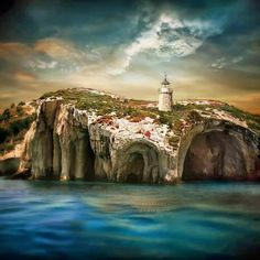 Σπηλιές και ένα φάρο στο νησί της Ζακύνθου, Ελλάδα