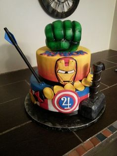 Avengers birthday cake food is always fun Pinterest Avengers