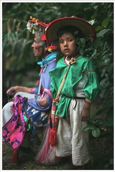 peringrino mexico  - All children are beautiful but we especially enjoy the Mexican children wearing traditional clothing - for more of Mexico visit www.mainlymexican... #Mexico #Mexican #children #beauty