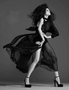 Coco Rocha - love this amazing and elegant black and white photoshoot style, it really makes her look so georgous and classical!