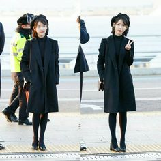 "IU (아이유) | Lee Jieun (이지은) on Instagram: ""_ IU AIRPORT FASHION _ #iu #ueana #leejieun #dlwlrma #leejieun_iu #아이유 #solo #singer #loen #kpop #korea#idol #iu_official_news…"""