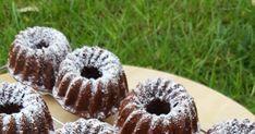 Gondoltam egyet és előkerestem a mini kuglóf formákat. Már olyan régen használtam, ideje volt valami egyszerű édességet készíteni. Ez e... Kaja, Minion, No Bake Cake, Nutella, Doughnuts, Muffins, Baking, Desserts, Food