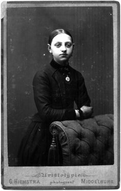 Woman in mourning dress, June 1888. Photostudio G. Hiemstra Middelburg.