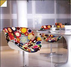 Crochet covered 1970's Tulip Chairs! CROCHET INSPIRATION http://pinterest.com/gigibrazil/crochet-e-tricot-home/