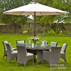 Bramblecrest Rio 8 Seat Elliptical Rattan Garden Furniture Set