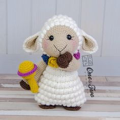 Sophie the Little Sheep amigurumi pattern by One and Two Company Crochet Sheep, Crochet Animals, Crochet Baby, Sheep Crafts, Baby Crafts, Diy And Crafts, Amigurumi Patterns, Crochet Patterns, Crochet Stitches
