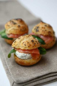 Appetizing sandwich - Salmon and cream cheese puffs, great brunch item. Think Food, I Love Food, Food For Thought, Good Food, Yummy Food, Tapas, Fingers Food, Cheese Puffs, Cheese Bites