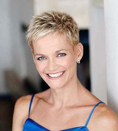30 Easy Short Pixie Cuts for Chic Ladies. - - 30 Easy Short Pixie Cuts for Chic Ladies Edgy Short Hair, Super Short Hair, Short Hair Cuts For Women, Short Hair Styles, Very Short Pixie Cuts, Pixie Styles, Edgy Pixie Cuts, Pixie Haircut Styles, Asymmetrical Pixie