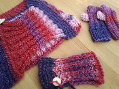 Warme winterset sjaal, polswarmers met duimen en een haarband. Liever een muts? Die is er ook bij...