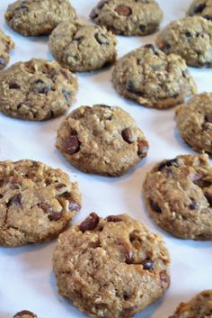 Confections of a Readoholic Mom: Deliciously Healthier Chocolate Chip Oatmeal Cookies