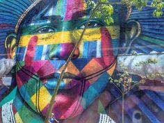 Os painéis coloridos do @kobrastreetart estão alegrando a Zona Portuária do Rio de Janeiro! Como não se apaixonar?   #comospesnomundo #comospesnorio #kobra #grafite #arte #streetart #cores #colorido #color #artederua #riodejaneiro #rio #rj #errejota #portomaravilha #brasil #brazil #travelgram #instatravel #traveligers #traveling