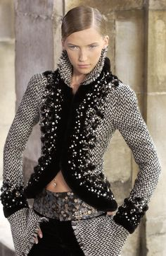 Chanel   Haute Couture, Paris 2003 - 2004   Edging in sheared black Saga Mink® and pearls