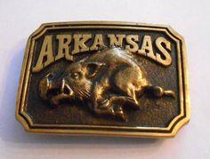 1977  Belt Buckle Arkansas Razorback Hog Brass Heritage Mint      4298