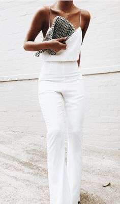 all white outfit inspiration white silk camisole with high waisted white pants minimal formal outfits Fashion Mode, Look Fashion, Womens Fashion, White Fashion, Fashion 2018, Cheap Fashion, Street Fashion, Fashion Blogger Style, Classy Fashion