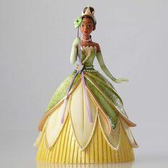 Enesco Disney Showcase Tiana Couture de Force Masquerade Figurine, 8-Inch