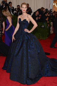 Leslie Bibb in Zac Posen at the 2012 Met Gala. Photo Credit: Getty Images